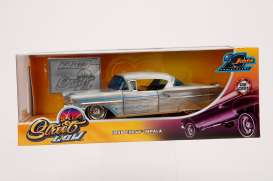 Chevrolet  - Bel Air 1958 chrome/blue - 1:24 - Jada Toys - 45000 - jada45000 | Tom's Modelauto's