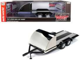 Trailer  - 2019 black/chrome - 1:18 - Auto World - 1166 - AMM1166 | Toms Modelautos
