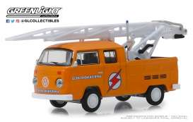 Volkswagen  - Type 3  1972 orange - 1:64 - GreenLight - 29960D - gl29960D | Tom's Modelauto's