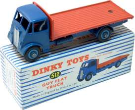 Guy  - Vixen Flat Truck blue/red - 1:43 - Magazine Models - 467705 - magDT4677105 | Tom's Modelauto's