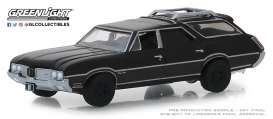 Oldsmobile  - Vista Cruiser 1970 black - 1:64 - GreenLight - 27990C - gl27990C | Tom's Modelauto's