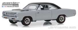Plymouth  - Road Runner 1968 silver - 1:64 - GreenLight - 13250B - gl13250B | Tom's Modelauto's