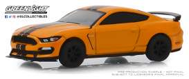Ford  - Shelby GT350R 2019 orange - 1:64 - GreenLight - 13250F - gl13250F | Toms Modelautos
