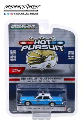Chevrolet  - Caprice  1990 blue/white - 1:64 - GreenLight - 42890C - gl42890C | Tom's Modelauto's