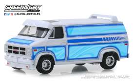 GMC  - Vandura 1983 white - 1:64 - GreenLight - 30094 - gl30094 | Tom's Modelauto's