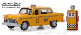 Checker  - Motors 1978 yellow - 1:64 - GreenLight - 97070E - gl97070E | Tom's Modelauto's