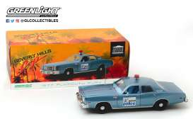 Plymouth  - Detroit Police 1977 blue/white - 1:18 - GreenLight - 19069 - gl19069 | Tom's Modelauto's