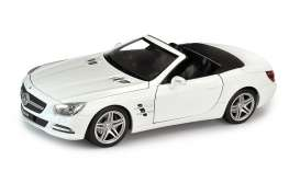 Mercedes Benz  - 2012 white - 1:24 - Welly - 24041Cw - welly24041Cw | Tom's Modelauto's