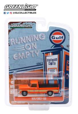Ford  - F-100 1976 orange - 1:64 - GreenLight - 41090E - gl41090E | Tom's Modelauto's