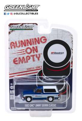 GMC  - Jimmy Sierra 1983 blue/white - 1:64 - GreenLight - 41090F - gl41090F | Tom's Modelauto's
