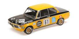 BMW  - 2002 1970 orange/black - 1:18 - Minichamps - 155702661 - mc155702661 | Toms Modelautos