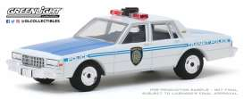 Chevrolet  - Caprice  1989 white/blue - 1:64 - GreenLight - 30100 - gl30100 | Tom's Modelauto's
