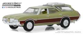 Oldsmobile  - Vista Cruiser 1971 green-brown - 1:64 - GreenLight - 29970C - gl29970C | Toms Modelautos