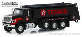 International  - WorkStar Tanker Truck 2018 black/red - 1:64 - GreenLight - 45080A - gl45080A | Tom's Modelauto's