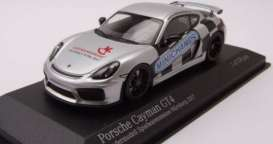 Porsche  - 2017 silver/black - 1:43 - Minichamps - 413066193 - mc413066193 | Tom's Modelauto's