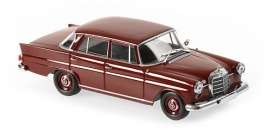 Mercedes Benz  - 190 1961 dark red - 1:43 - Maxichamps - 940037201 - mc940037201 | Toms Modelautos