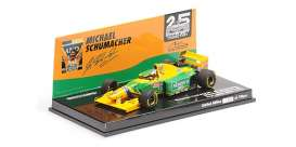 Benetton Ford - B193B 1993 yellow/green - 1:43 - Minichamps - 517935705 - mc517935705 | Toms Modelautos