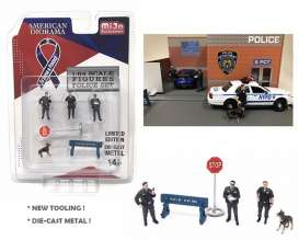 Figures  - Police  - 1:64 - American Diorama - 38402 - AD38402 | Tom's Modelauto's