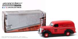 Chevrolet  - Panel Truck 1939 red - 1:24 - GreenLight - 85051 - gl85051 | Toms Modelautos