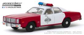 Dodge  - Monaco 1977 red/white - 1:43 - GreenLight - 86573 - gl86573 | Tom's Modelauto's