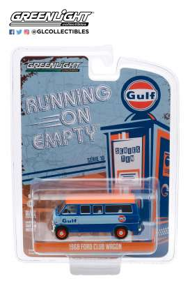 Ford  - Club Wagon 1968 blue/orange - 1:64 - GreenLight - 41100B - gl41100B | Tom's Modelauto's