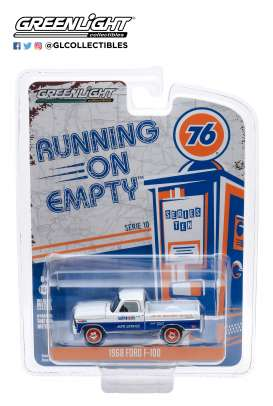 Ford  - F-100 1968 white/blue - 1:64 - GreenLight - 41100C - gl41100C | Tom's Modelauto's