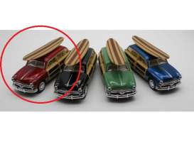 Ford  - Woody Wagon  1949 red - 1:36 - Kinsmart - 5402DS - KT5402DSr | Toms Modelautos