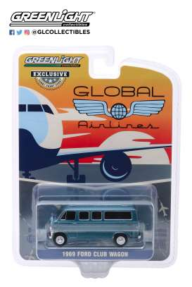 Ford  - Club Wagon blue - 1:64 - GreenLight - 30129 - gl30129 | Toms Modelautos