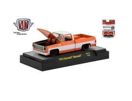 Chevrolet  - Silverado 1973 orange/white - 1:64 - M2 Machines - 31500MJS19 - M2-31500MJS19 | Toms Modelautos