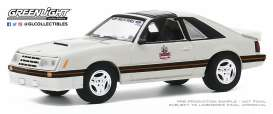 Ford  - Mustang 1979 white/black - 1:64 - GreenLight - 30167 - gl30167 | Toms Modelautos