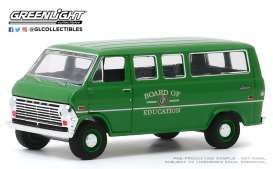 Ford  - Club Wagon 1970  - 1:64 - GreenLight - 30170 - gl30170 | Toms Modelautos