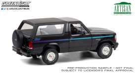 Ford  - Bronco 1992 black - 1:18 - GreenLight - 19088 - gl19088 | Toms Modelautos