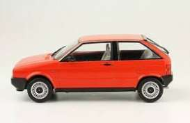 Seat  - 1984 red - 1:24 - Magazine Models - 24seatIbiza - mag24seatIbiza | Toms Modelautos