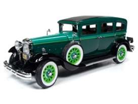Peerless  - Master 8 Sedan 1931 green - 1:18 - Auto World - 261 - AW261 | Toms Modelautos