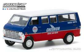 Ford  - Club Wagon 1970 blue/red - 1:64 - GreenLight - 35160A - gl35160A | Toms Modelautos