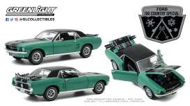 Ford  - Mustang 1967 green - 1:18 - GreenLight - 13575 - gl13575 | Toms Modelautos