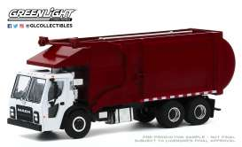 Mack  - LR Refuse Truck 2019 white/red - 1:64 - GreenLight - 45100C - gl45100C | Toms Modelautos