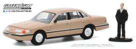 Ford  - Crown Victoria 1992 light brown - 1:64 - GreenLight - 97090E - gl97090E | Toms Modelautos