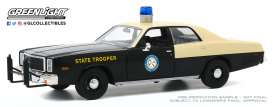 Plymouth  - Fury 1978 black/creme - 1:24 - GreenLight - 85512 - gl85512 | Toms Modelautos
