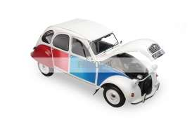 Citroen  - 1986 white/red/blue - 1:12 - OttOmobile Miniatures - ZMD1200103 - ottoZMD1200103 | Toms Modelautos