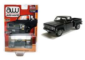 Chevrolet  - Cheyenne 1973 black - 1:64 - Auto World - CP7616 - AWCP7616 | Toms Modelautos