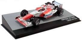 Toyota  - TF104B white/red - 1:43 - Magazine Models - magkF1Zon17 | Toms Modelautos