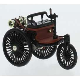 Mercedes Benz  - Patent 1886 black/red - 1:43 - IXO Models - CLC331 - ixCLC331 | Toms Modelautos