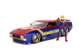 Ford  - Mustang Mach I 2006 red/blue/gold - 1:24 - Jada Toys - 31193 - jada31193 | Toms Modelautos