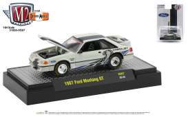 Ford  - Mustang 1987 white/black - 1:64 - M2 Machines - 31500HS07 - M2-31500HS07 | Toms Modelautos