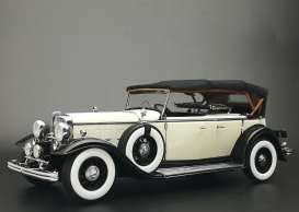 Ford Lincoln - Lincoln KB top-up 1934 black/white - 1:18 - SunStar - 6163 - sun6163 | Toms Modelautos