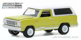 Dodge  - Macho  1977 green/white - 1:64 - GreenLight - 35170B - gl35170B | Toms Modelautos
