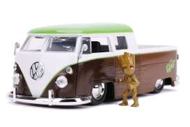 Volkswagen  - Bus Pick-up *Groot* 1963 brown/white/green  - 1:24 - Jada Toys - 31202 - jada31202 | Toms Modelautos