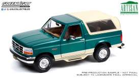 Ford  - Bronco 1993 green - 1:18 - GreenLight - 19094 - gl19094 | Toms Modelautos