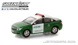 Chevrolet  - Cruze 2013 white/green - 1:64 - GreenLight - 30201 - gl30201 | Toms Modelautos